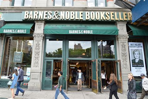 How To Apply For A Job At Barnes & Noble