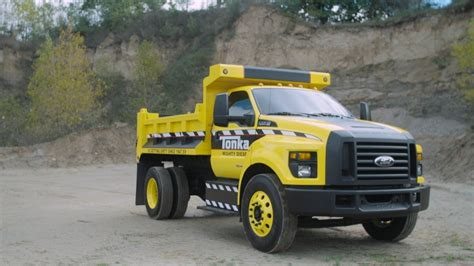 Rated Red: Ford?s Real Life Tonka Dump Truck