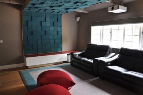 schoene wohnideen fuer waende mit dekorativen akustikplatten