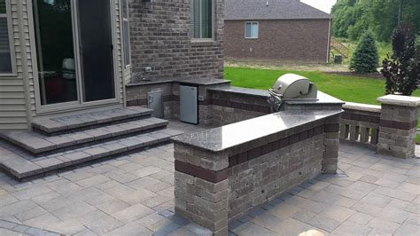 Bar And Grill Islands  Custom Landscape Services