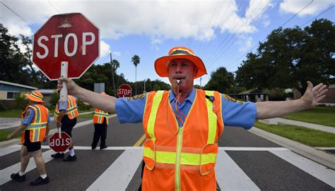 Crossing guards hit the streets for start of school | tbo.com
