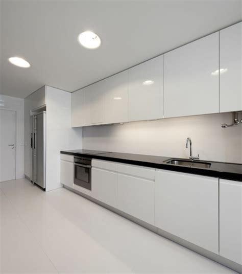 cocinas blancas de diseno moderno  ejemplos