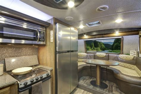 front kitchen 5th wheel keystone montana 3820fk named 2016 rv of the year