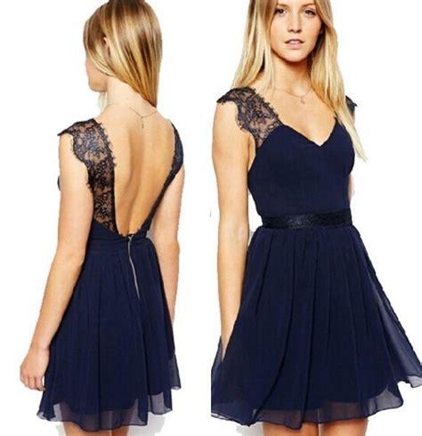 robe pour mariage bleu marine dentelle robe en voile bleu marine avec brides larges en dentelle