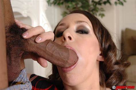 Catching Model Eat Meat Sassy Trash Ann Parker Let Her Trimmed Twats Satisfied With