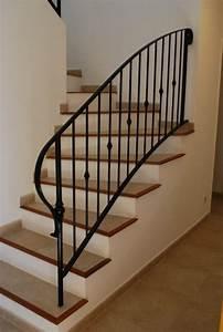 rampe et garde corps palier en fer forge bastide maison With modele escalier exterieur terrasse 1 escalier gradine rampe garde de corps