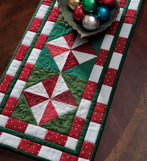 simple table runner patterns 16 best photos of christmas quilted table runners easy
