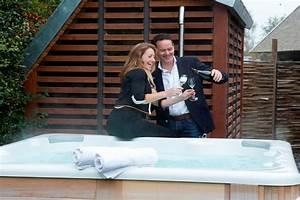 Hochbett Für Zwei Personen : ferienhaus mit whirlpool f r zwei personen infos vom spezialisten ~ Bigdaddyawards.com Haus und Dekorationen