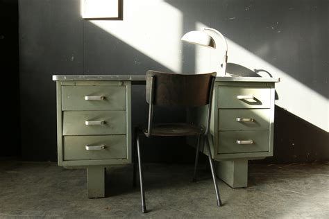 bureau of meter industrieel vintage steel bureau jaren 50