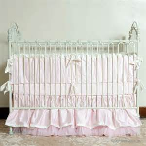 bratt decor venetian iron crib in antique white