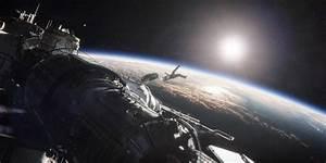 Gravity - DC FilmdomDC Filmdom   Entertainment reviews by ...