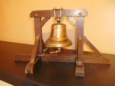 bureau d ecole tare superbe cloche d école de bureau en bronze avec