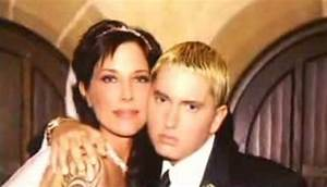 Let's See What Eminem's Wife Is Up To Nowadays!