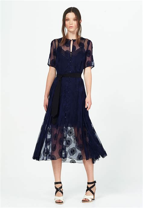 Natalie Thime adlı kullanıcının black lace dress ...