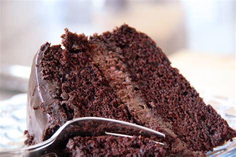 inventer une recette de cuisine gâteau au chocolat et mousse choco framboise sans gluten