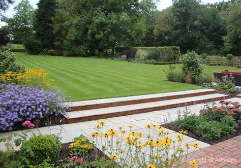 Medium -sized Family Garden Design
