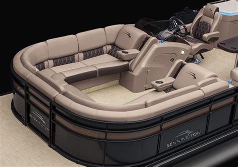 Luxury Pontoon Boats With Bar by R25 Bar Galley Pontoon Boats By Bennington