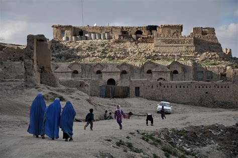 photojournalist aref yaqubi captures afghanistans