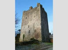 Ballaghmore Castle © dougf ccbysa20 Geograph Ireland