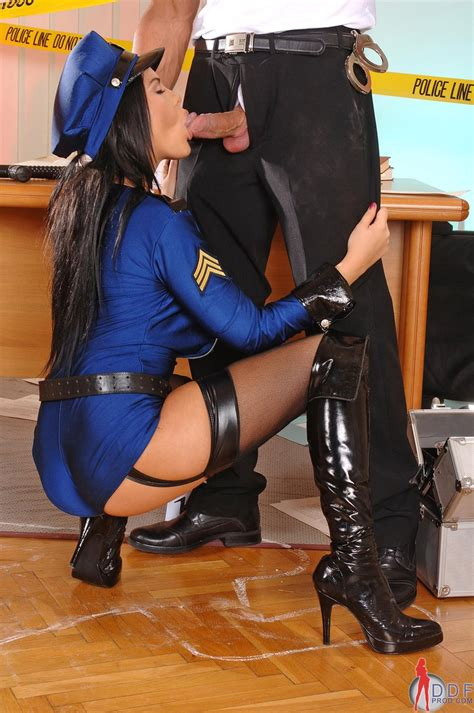 Sexy Cop Madison Parker Fucked Up The Ass At The Crime