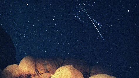 Perseid Meteorite Shower by Perseid Meteor Shower To Illuminate The Sky Tonight With