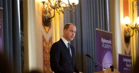 le bureau pince le prince william visite le bureau du foreign and