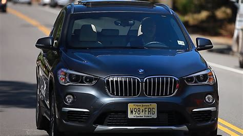 2016 Bmw X1 A High Achiever In A Crowded Class (cnet On