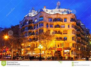 Night View Of Casa Mila Editorial Photography - Image ...