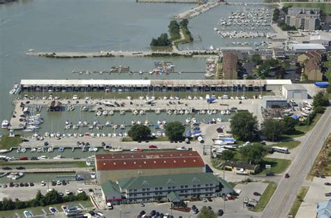 Boat Brands Starting With W by Brands Marina In Port Clinton Oh United States Marina