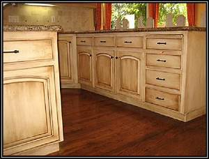 Staining Kitchen Cabinets without Sanding - Home Furniture