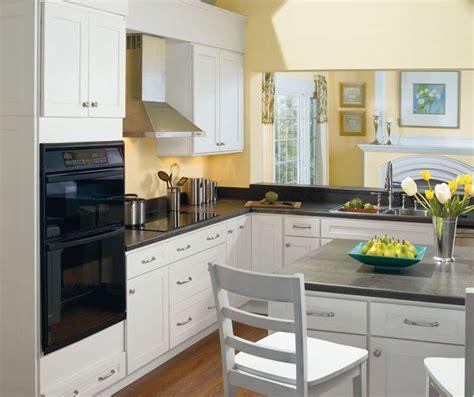 alpine white shaker style kitchen cabinets  homecrest