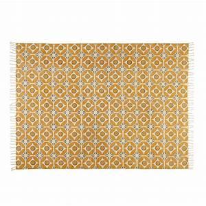 Tapis Motif Carreaux De Ciment : tapis en coton motifs carreaux de ciment jaune moutarde 160x230cm blocalia maisons du monde ~ Teatrodelosmanantiales.com Idées de Décoration