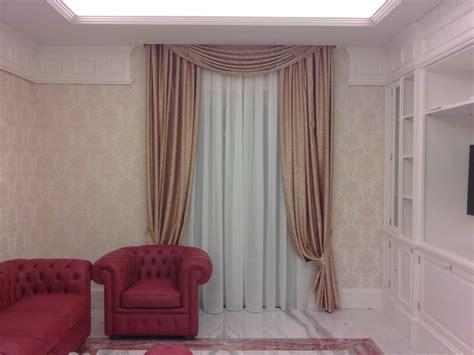tende con mantovane e calate tendaggio con calate e mantovana in stile barocco