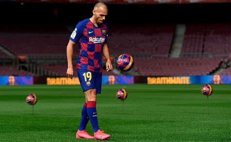 laliga setien includes braithwaite  barcelona squad