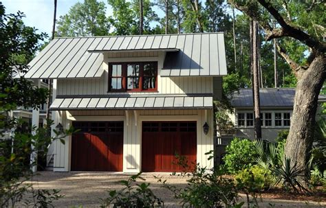 Dormer Over Door Garage Traditional With Overhang Atlanta Kitchen Designs For Small Space Cottage Cad Design Software Free Download Modern Contemporary Designers Richmond Va Country Style Kitchens Ideas Island With Cooktop