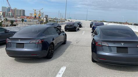 29+ Tesla 3 Delivery News In California Background
