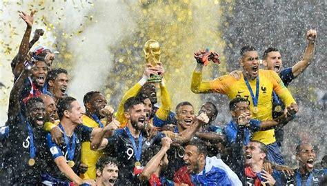 يستعد منتخب فرنسا لمواجهة البوسنة والهرسك مساء اليوم الأربعاء 31 مارس، على أرضية ملعب يستقبل ملعب جربافيكا ستاديون مباراة هامه تجمع بين منتخب فرنسا والبوسنة. أكثر من نصف سكان العالم تابعوا مونديال روسيا