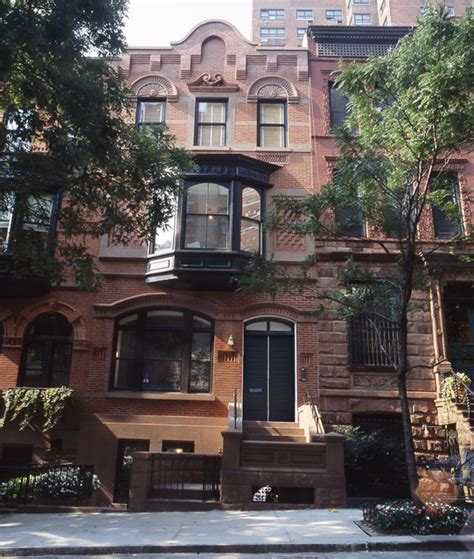 upper east side brownstone exterior  york