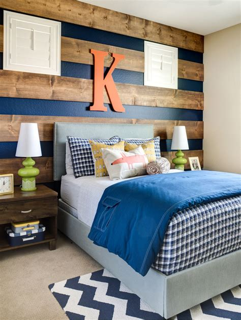 This video will show you. Dare To Be Different: 20 Unforgettable Accent Walls