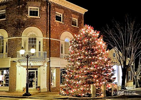 christmas in plymouth ma photograph by janice drew