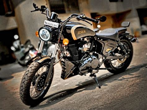 Royal Enfield Classic 500 Modification by Royal Enfield Classic 500 Transformed Into A Indian Scout