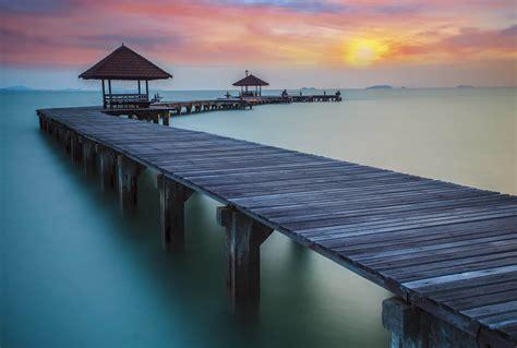 chambre avec lyon coucher de soleil sur la mer de chine en poster mural