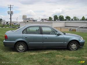 1999 Honda Civic : iced teal pearl 1999 honda civic lx sedan exterior photo 50529307 ~ Medecine-chirurgie-esthetiques.com Avis de Voitures