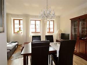 Wohnzimmer Mit Esstisch : ferienwohnung dresden city exklusiv i dresden altstadt firma dresden city direkt frau ~ Markanthonyermac.com Haus und Dekorationen