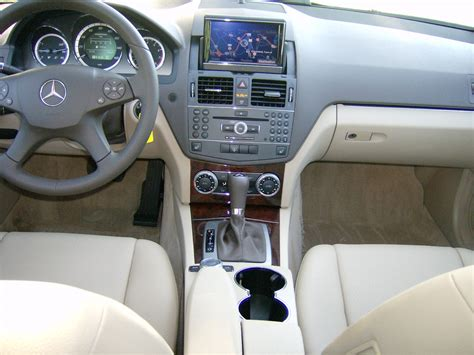 This car really impressed me with its blend of comfort and sportiness. 2010 Mercedes-Benz C-Class - Pictures - CarGurus