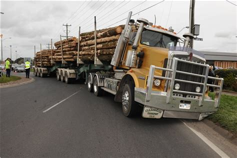 used volvo trucks kenworth truck wreckers wellington