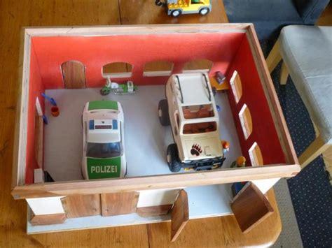 Eine Spielzeug  Garage *mit Bild