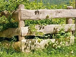 Barrière En Bois Jardin : cloture jardin bois pour un ext rieur tout naturel ~ Premium-room.com Idées de Décoration
