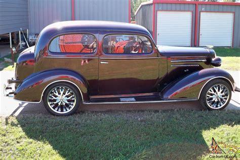 1936 Chevrolet 2 Door Sedan Deluxe
