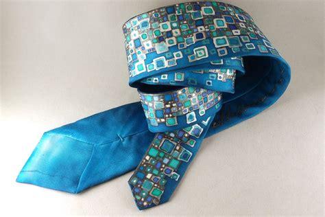 Kaklasaite, dāvana vīrietim